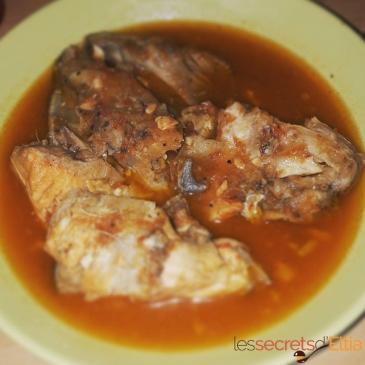 Soupe de tête de saumon
